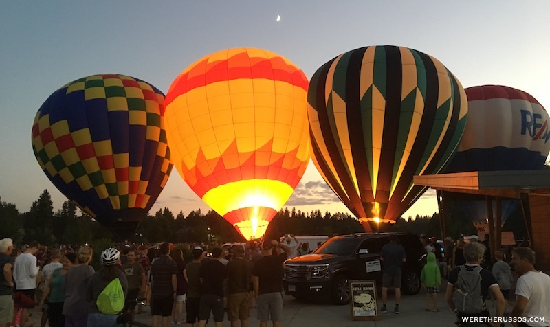 Ballons Over Bend Night Glow